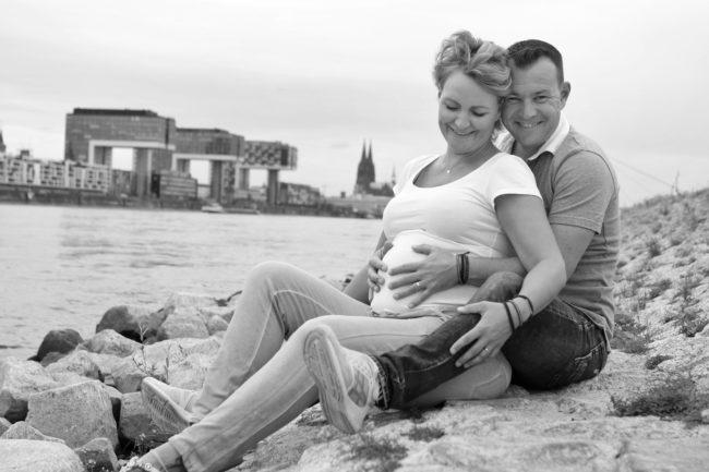 Babybauch Fotos, Schwangerschafts Fotoshooting Köln