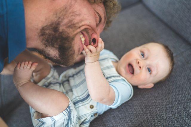 Familienreportage, Homestory, natürliche Familienfotos, natürliche Babyfotos